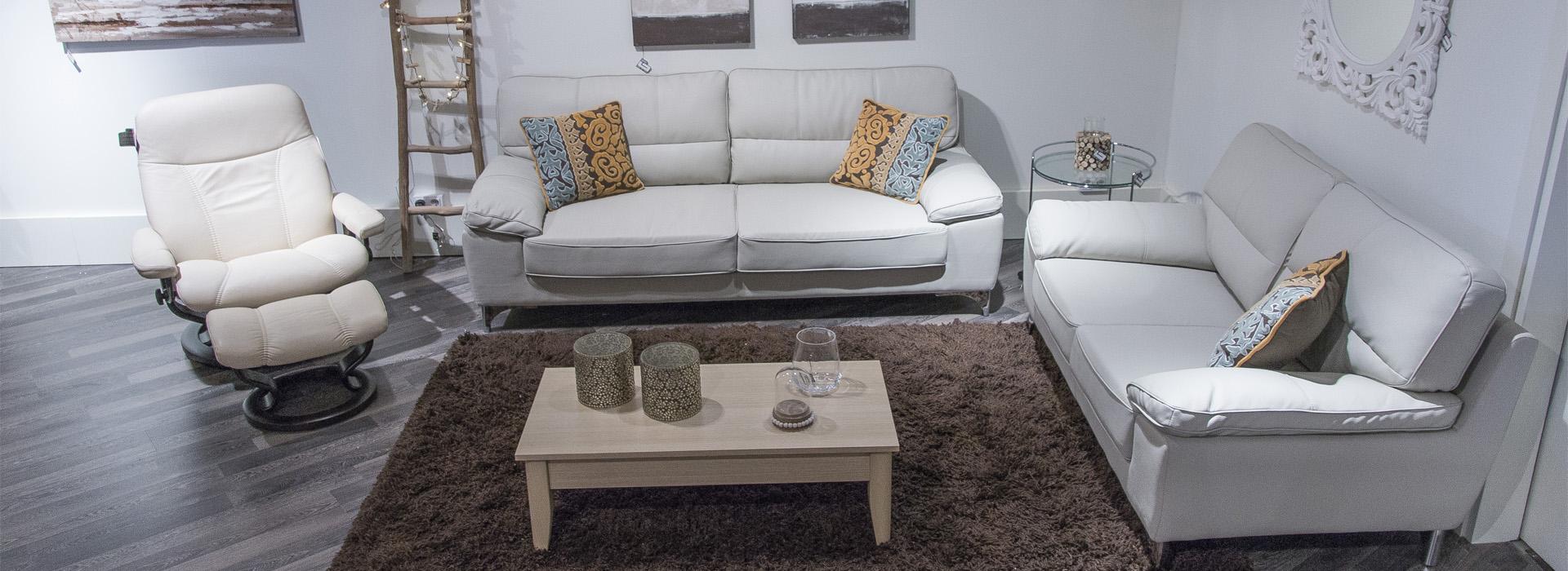 Blanco negro sof s de piel para salones minimalistas - Salones con sofa negro ...